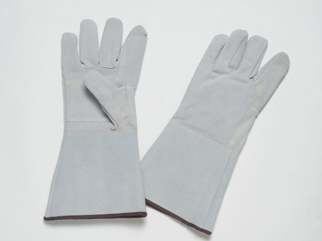 ALL LEATHER GLOVES. FULL INNER LINING. KEVLAR STITCHING