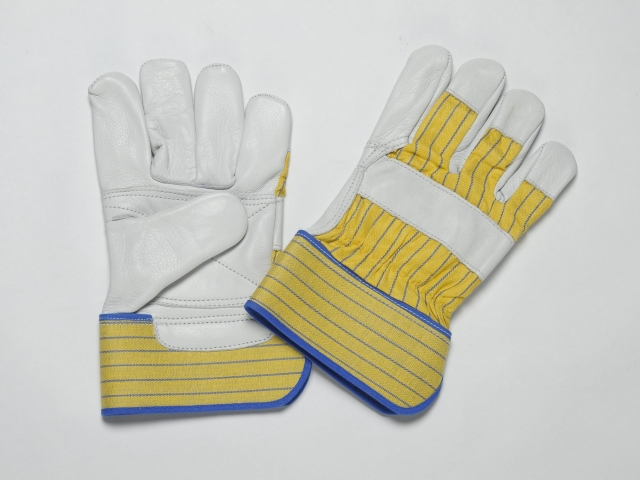 NATURAL GRAIN GLOVES, FLANNEL LINER IN PALM, YELLOW BLUE CUFF & BACK. ADJUSTIBLE ELASTIC IN THE WRIST