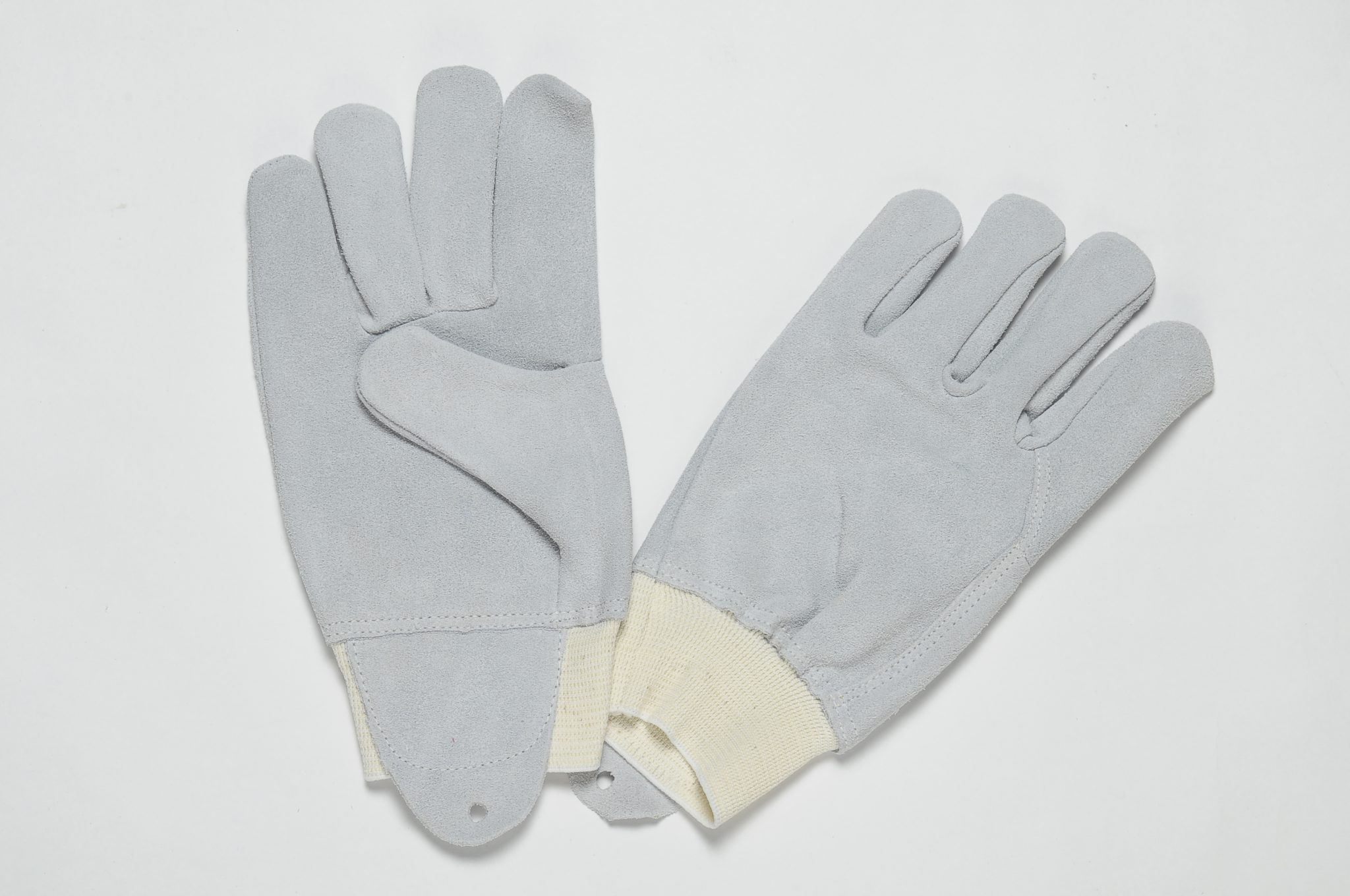 NATURAL SPLIT GLOVES WITH WHITE DRILL BACK AND WHITE RIB ELASTIC AT THE WRIST